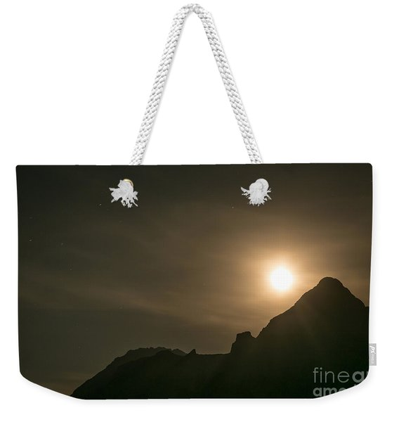Weekender Tote Bag featuring the photograph Moon Rising by John Wadleigh