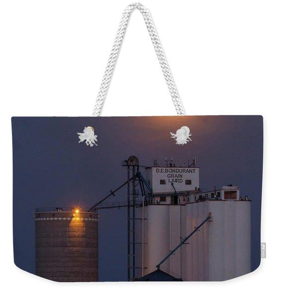 Moonrise At Laird -02 Weekender Tote Bag