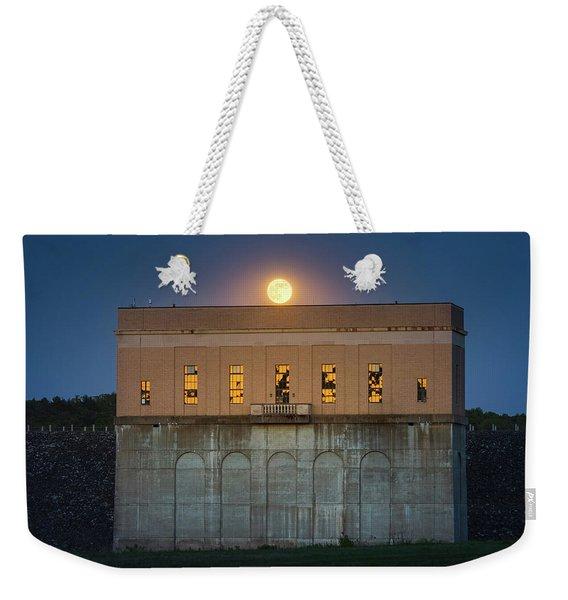 Moonrise Over Franklin Falls Dam Weekender Tote Bag