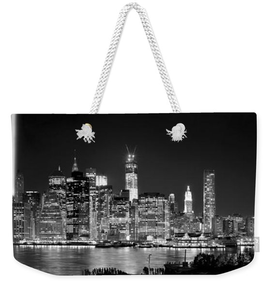 New York City Bw Tribute In Lights And Lower Manhattan At Night Black And White Nyc Weekender Tote Bag