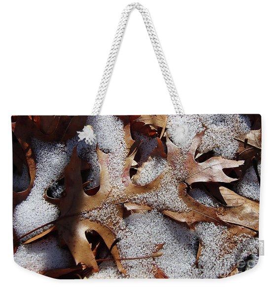 Oak Leaf Snow 2890 Weekender Tote Bag