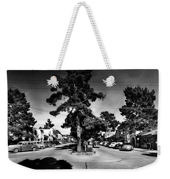 Ocean Avenue At Lincoln St - Carmel-by-the-sea, Ca Cirrca 1941 Weekender Tote Bag