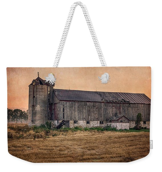 Weekender Tote Bag featuring the photograph Old Country Barn by Garvin Hunter