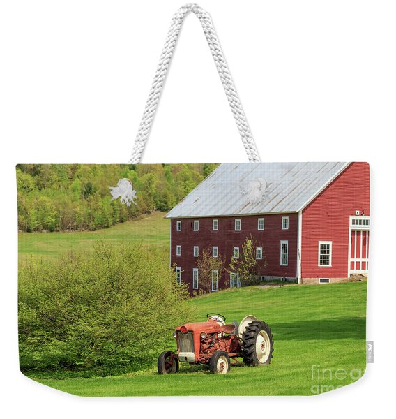 Old Red Vintage Ford Tractor On A Farm In Enfield Nh Weekender Tote Bag