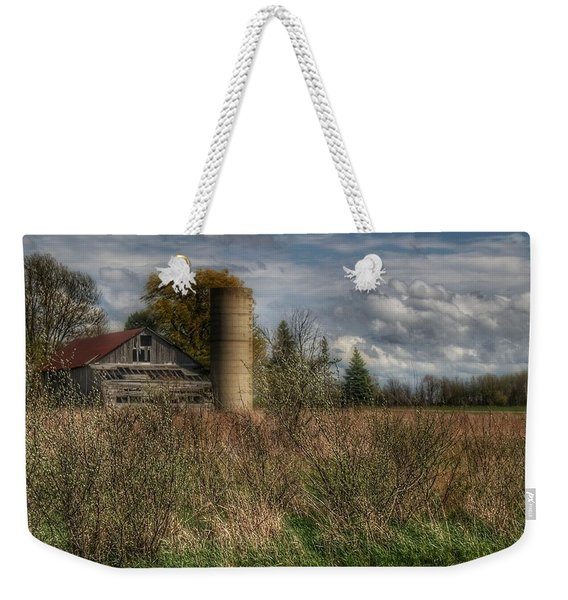 0034 - Old Wooden Barn And Silo Weekender Tote Bag