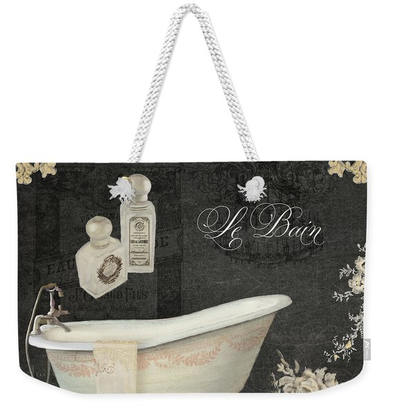 Paris - Chalkboard Le Bain Or The Bath Chandelier And Tub With Roses Weekender Tote Bag