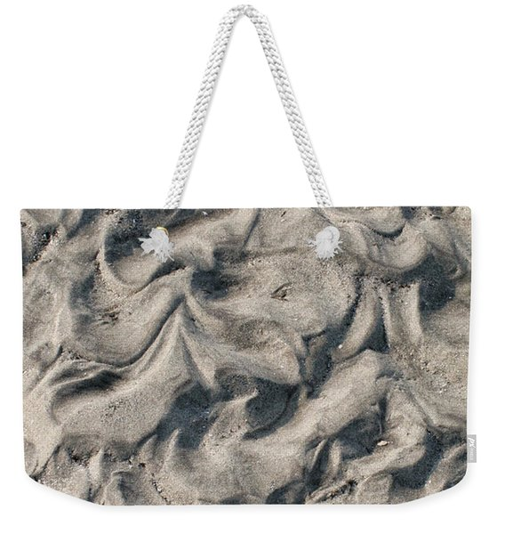 Weekender Tote Bag featuring the photograph Patterns In Sand 4 by William Selander