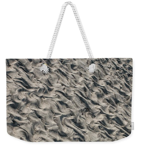 Weekender Tote Bag featuring the photograph Patterns In Sand 5 by William Selander