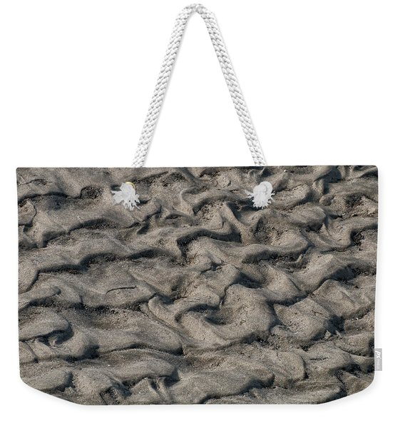Weekender Tote Bag featuring the photograph Patterns In Sand 6 by William Selander
