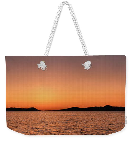 Weekender Tote Bag featuring the photograph Pic Horizons by Doug Gibbons