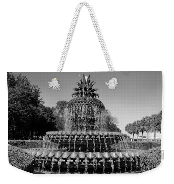 Pineapple Fountain Charleston Sc Black And White Weekender Tote Bag