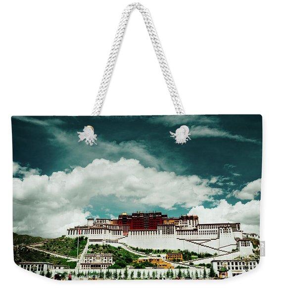 Potala Palace. Lhasa, Tibet. Dalai Lama. Yantra.lv Weekender Tote Bag
