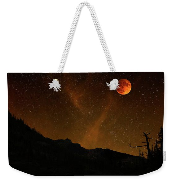 Weekender Tote Bag featuring the photograph Power Blood Moon by Scott Cordell