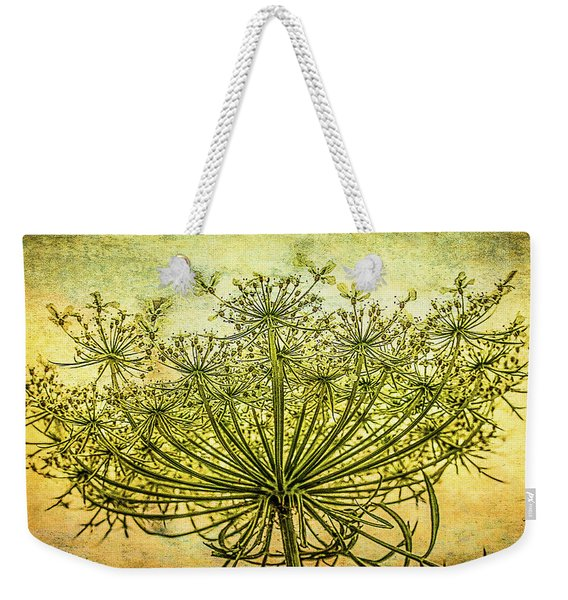 Queen Anne's Lace At Sunrise Weekender Tote Bag