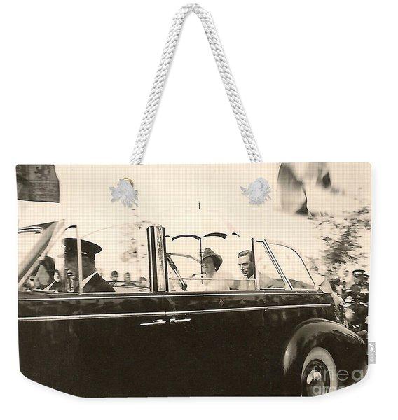 Queen Elizabeth And King George Vi Weekender Tote Bag