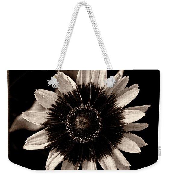 Rudbeckia 'denver Daisy' Weekender Tote Bag