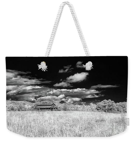 S C Upstate Barn Bw Weekender Tote Bag