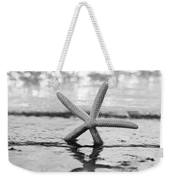 Sea Star Bw Weekender Tote Bag