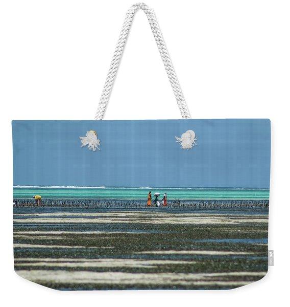 Seaweed Colectors Weekender Tote Bag