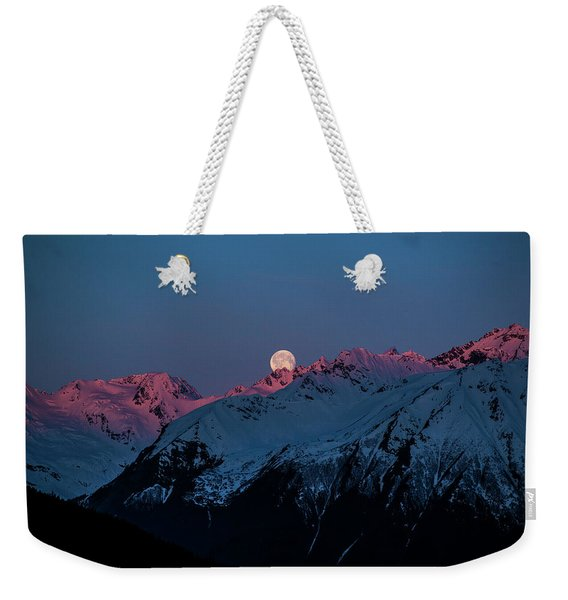 Setting Moon Over Alaskan Peaks Iv Weekender Tote Bag