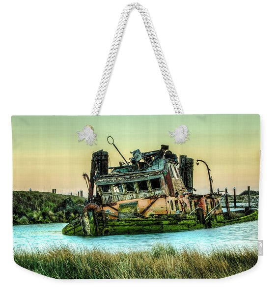 Shipwreck - Mary D. Hume Weekender Tote Bag