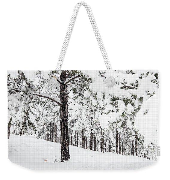 Snowy-4 Weekender Tote Bag