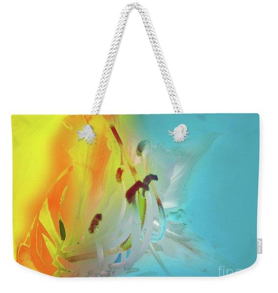 Sombras De Luz Weekender Tote Bag