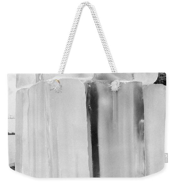 Space Temperature Simulations Weekender Tote Bag