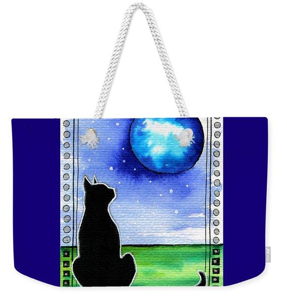 Sparkling Blue Bauble - Christmas Cat Weekender Tote Bag