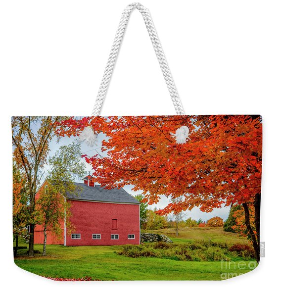 Splendid Red Barn In The Fall Weekender Tote Bag