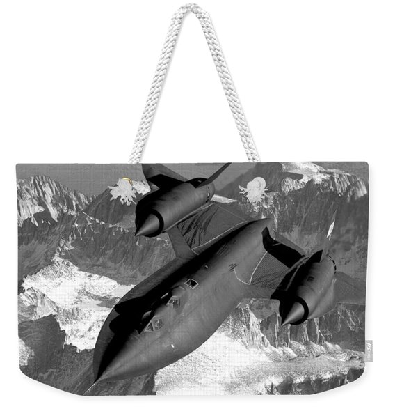 Sr-71 Blackbird Flying Weekender Tote Bag