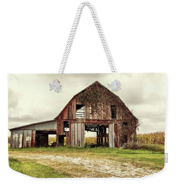 Still Standing Ohio Barn  Weekender Tote Bag