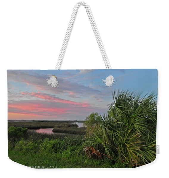 D32a-89 Sunset In Crystal River, Florida Photo Weekender Tote Bag