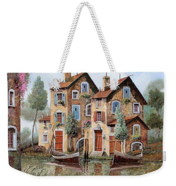Tante Finestre Weekender Tote Bag