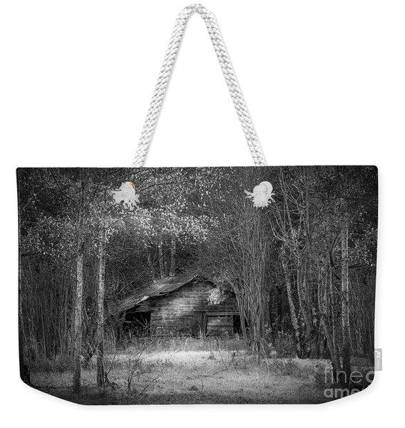 That Old Barn-bw Weekender Tote Bag