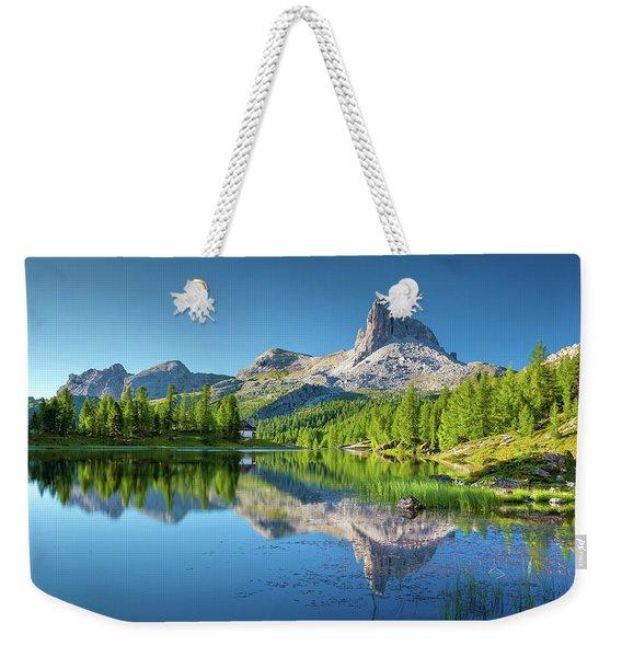 The Great Northwest Weekender Tote Bag