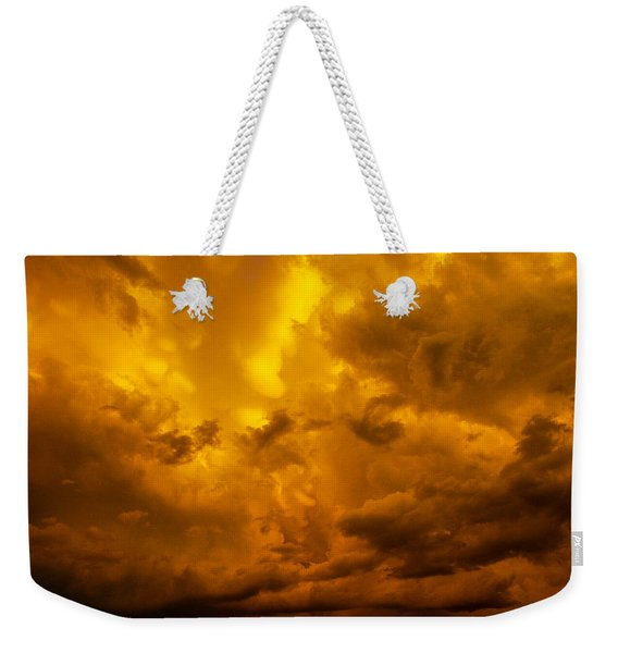 Weekender Tote Bag featuring the photograph The Last Glow Of The Day 008 by NebraskaSC