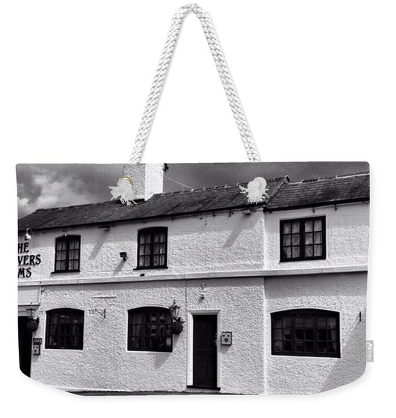 The Weavers Arms, Fillongley Weekender Tote Bag