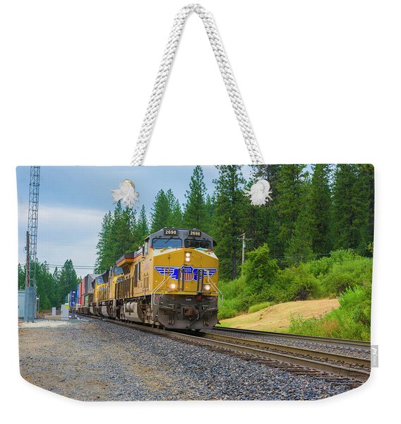 Weekender Tote Bag featuring the photograph Up5698 by Jim Thompson