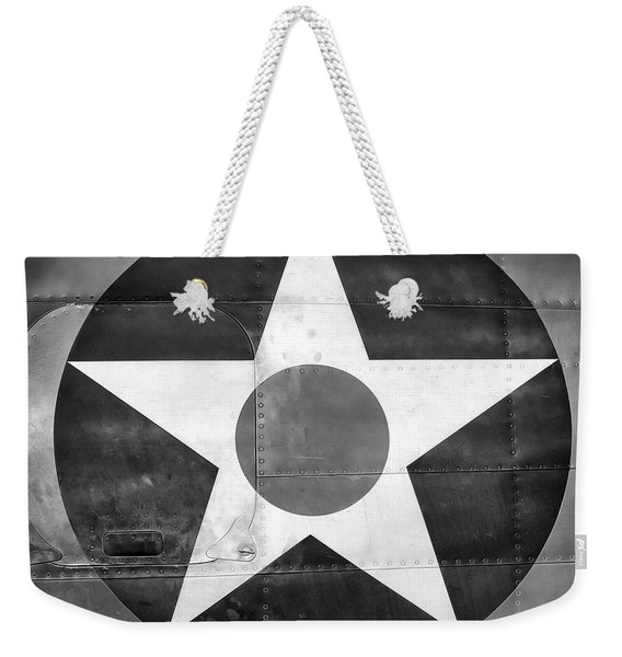 Us Roundel, In Black And White - 2017 Christopher Buff, Www.aviationbuff.com Weekender Tote Bag