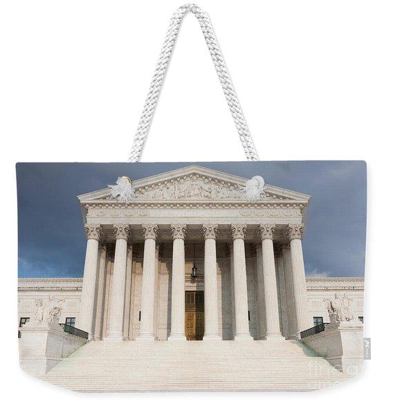 Us Supreme Court Building V Weekender Tote Bag