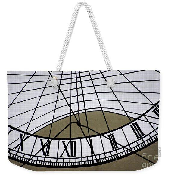 Vertical Sundial - Vertikale Sonnenuhr Weekender Tote Bag