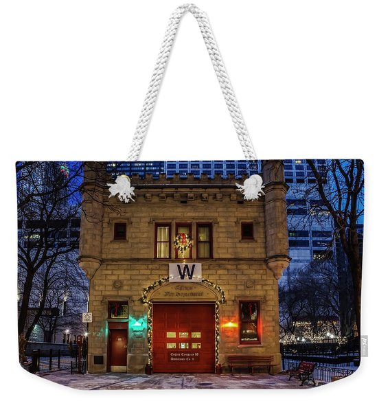Vintage Chicago Firehouse With Xmas Lights And W Flag Weekender Tote Bag