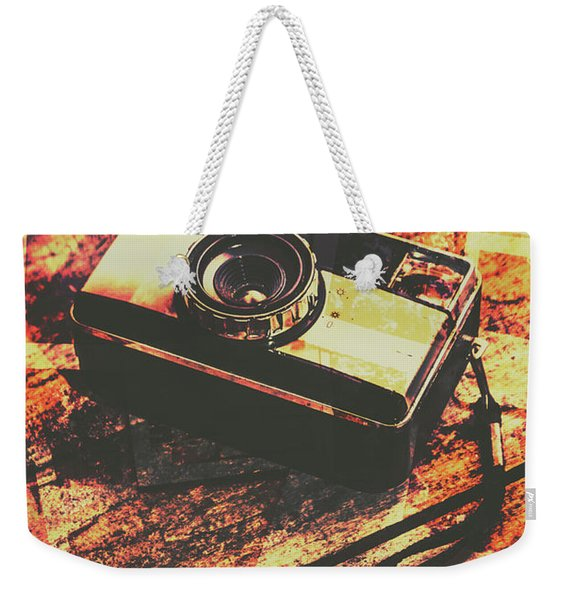 Vintage Old-fashioned Film Camera Weekender Tote Bag
