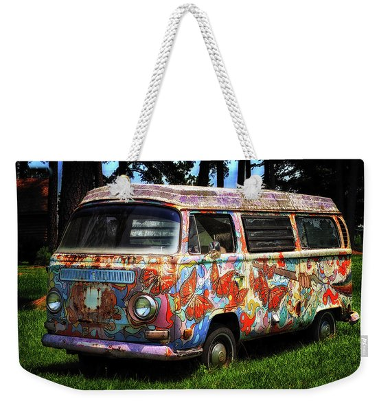 Weekender Tote Bag featuring the photograph Vw Psychedelic Microbus by Bill Swartwout Photography