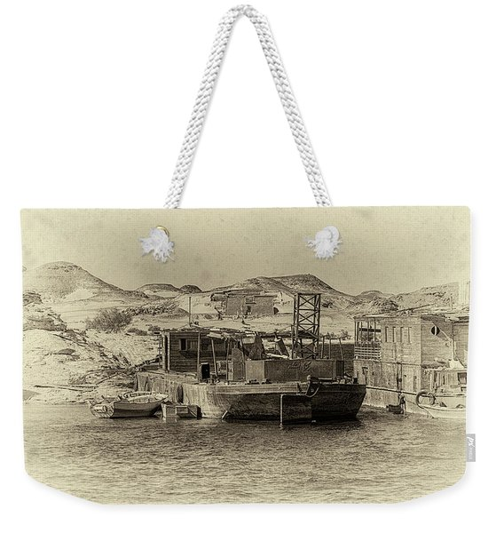 Wadi Al-sebua Antiqued Weekender Tote Bag