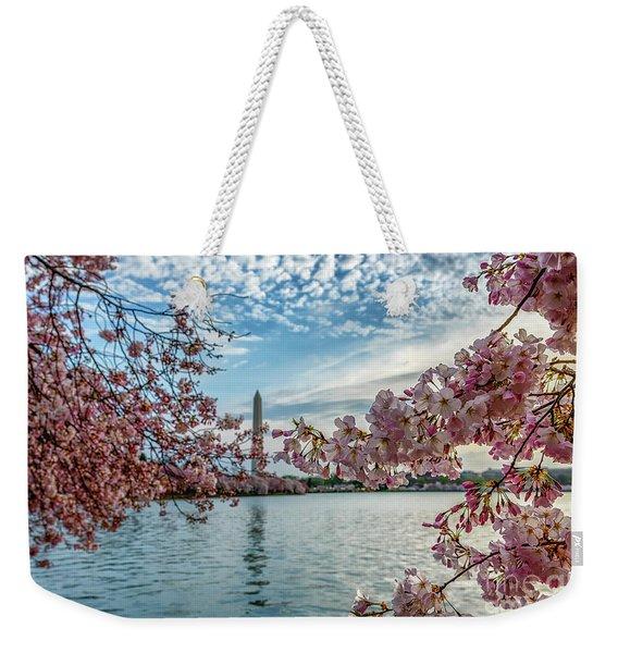 Washington Monument Through Cherry Blossoms Weekender Tote Bag