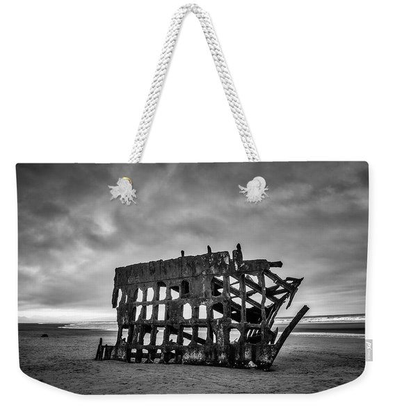 Weathered Rusting Shipwreck In Black And White Weekender Tote Bag