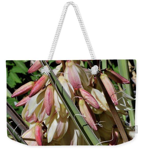 Yucca Bloom I Weekender Tote Bag