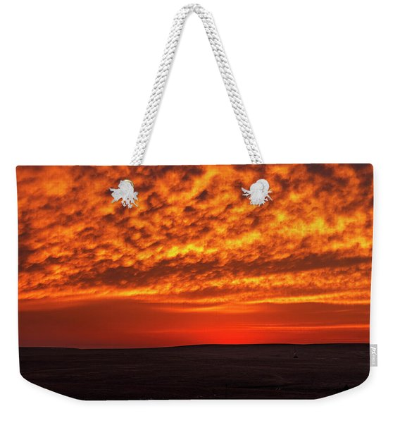 Weekender Tote Bag featuring the photograph Afterglow 02 by Rob Graham